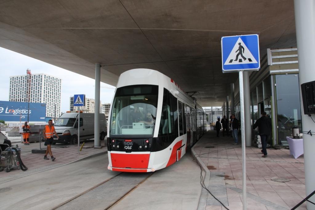 Tallinna lennujaamast saab nüüd trammiga kesklinna