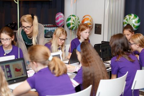 Lastele korraldatakse 120 tasuta tehnoloogia õpituba üle Eesti