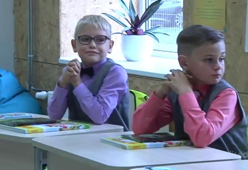 VIDEO! Saaremaa esimeses erakoolis pakutakse lastele rohkem vabadust ja personaalsemat lähenemist