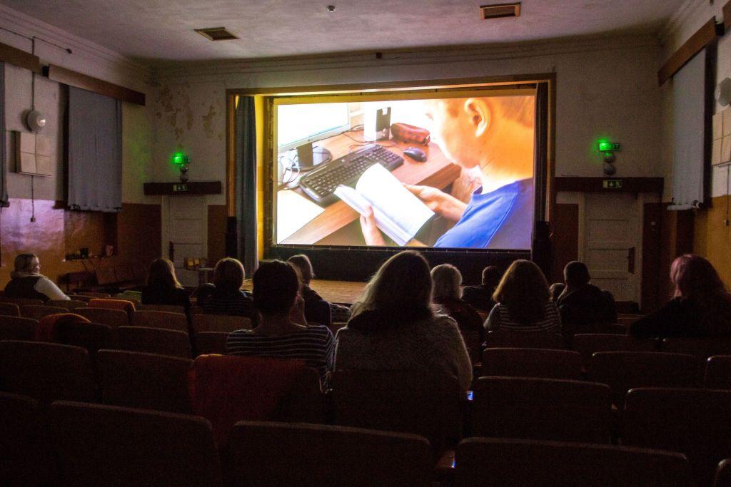 Galerii! Tõrva Dokfest täitis ajaloolise kinomaja filmihuvilistega