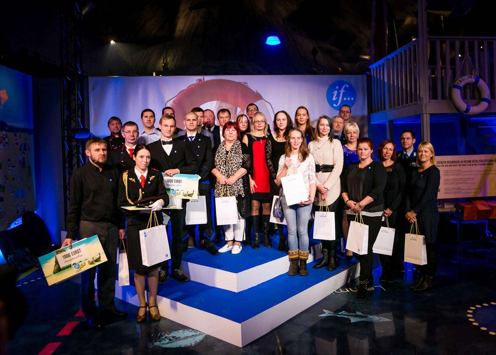 """GALERII! Täna tunnustati """"Aitame Eesti turvaliseks"""" vabatahtlikke"""