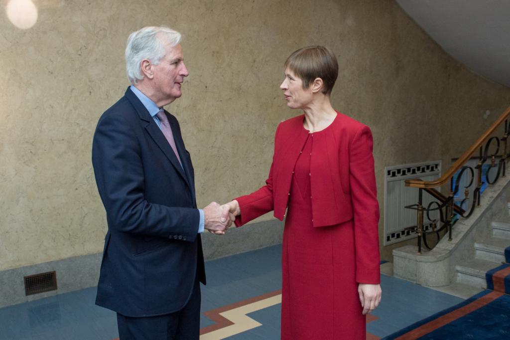 Kersti Kaljulaid kohtus Brexiti pealäbirääkija Michel Barnier`ga