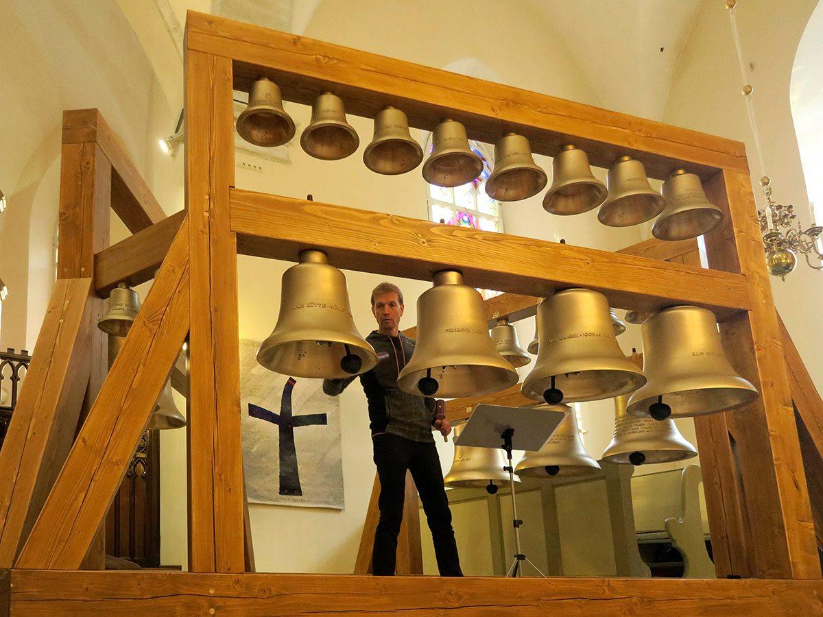 Täna tõstetakse 25 kellamängu kella Jaani kiriku torni
