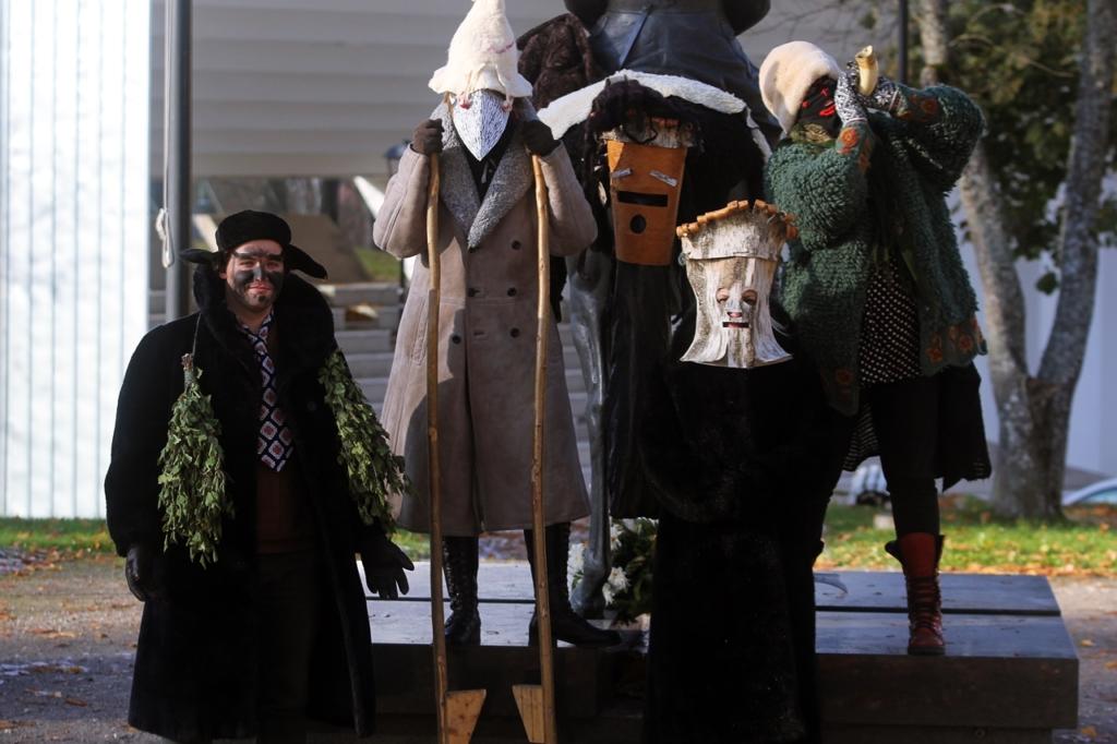 Viljandi Pärimusmuusika Aidas saab õppida mardisandiks