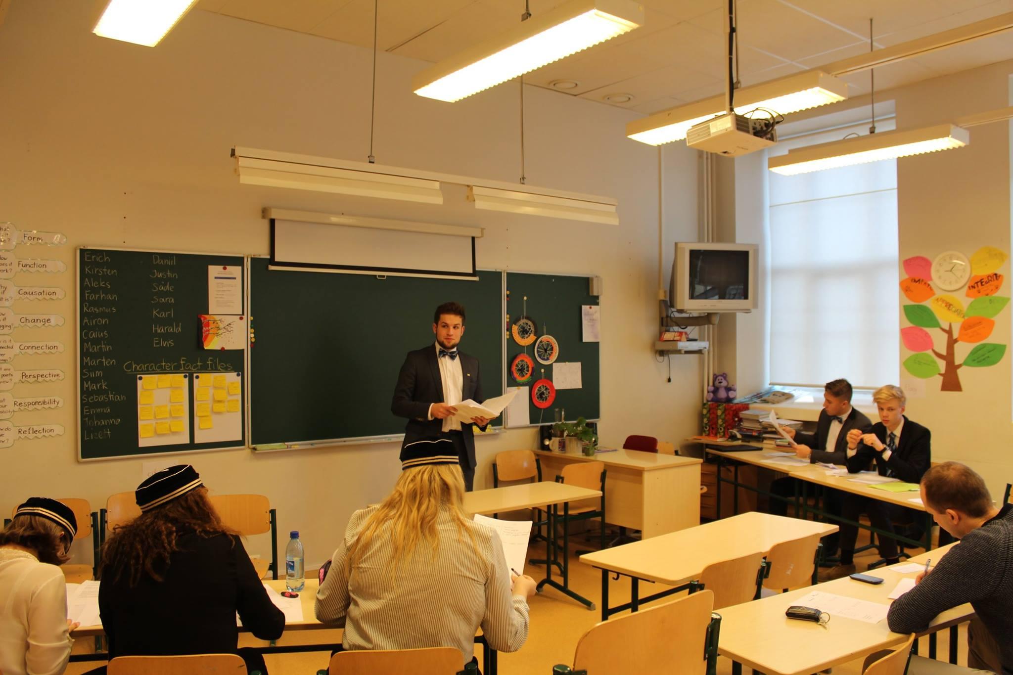 Presideni väitlusturniiril osales üle 200 noore üle Eesti