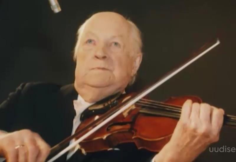 Video! Eesti Pillifondi kogu täienes üle 400 aasta vanuse viiuliga