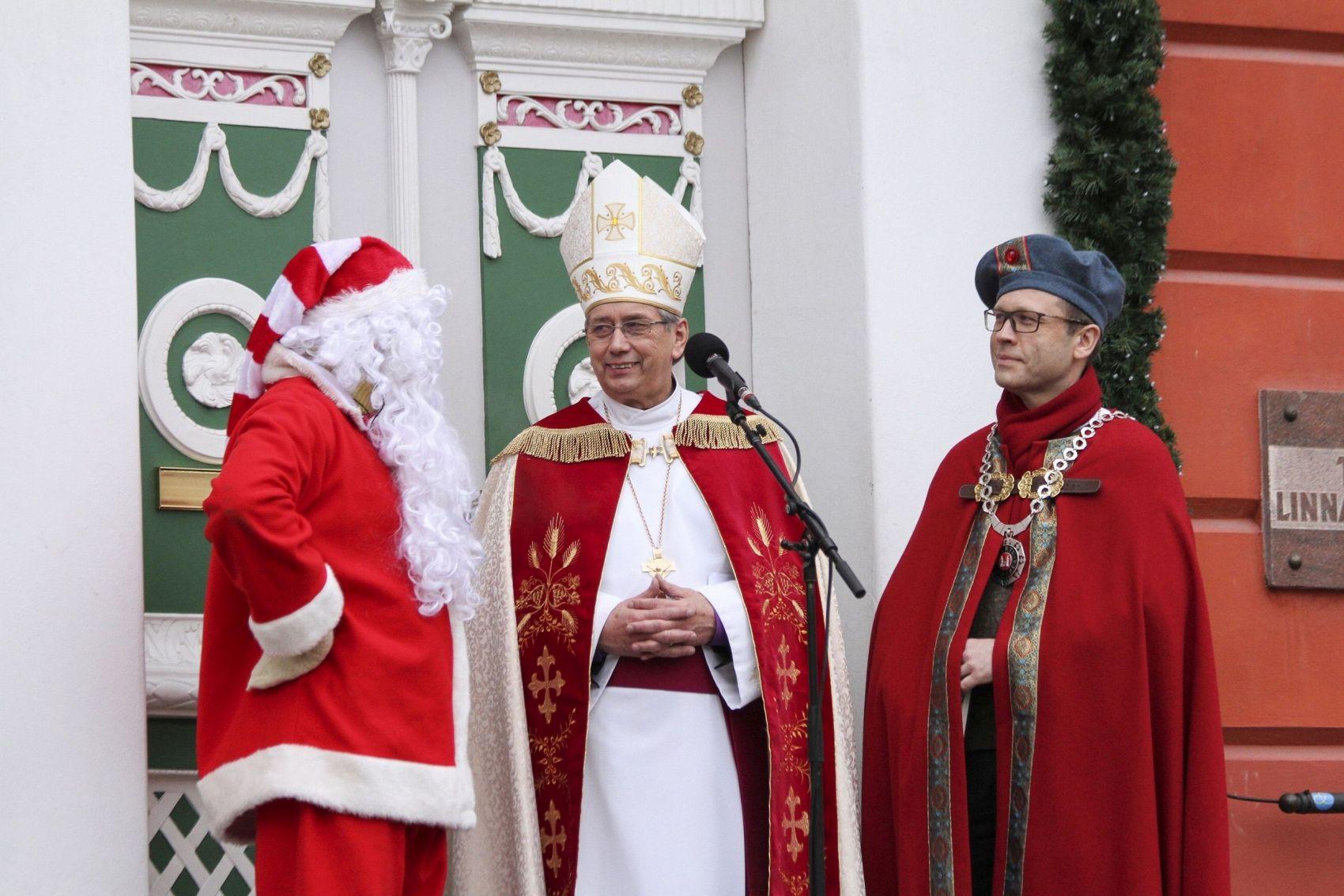 Pühapäeval kuulutatakse Tartu raekoja platsil välja jõulurahu