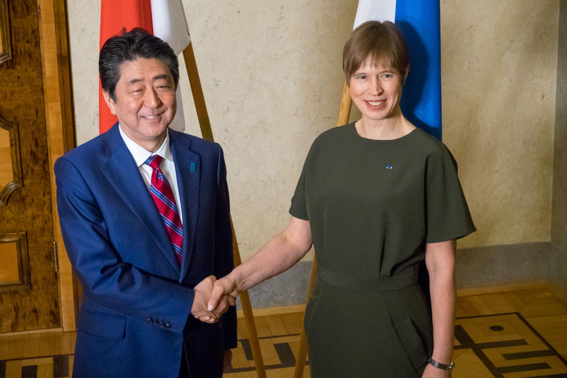 Video! President Kaljulaid kohtus Jaapani peaministriga, nähti mitmeid koostöövõimalusi