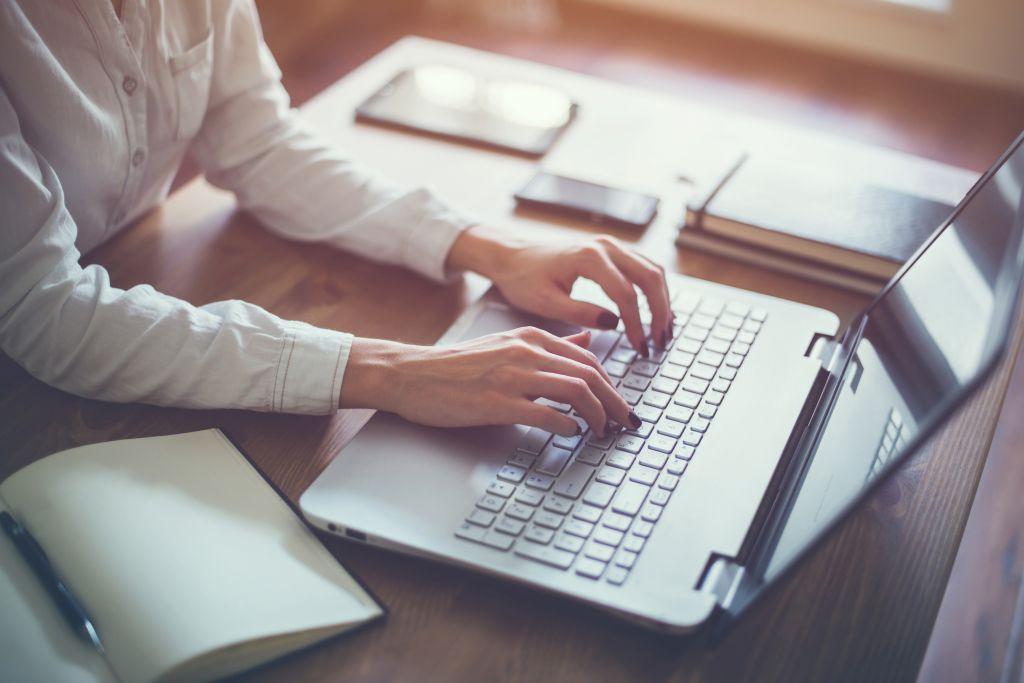 VÄRSKE UURING I Kõige paremad tingimused kodust töötamiseks on IT-spetsialistidel