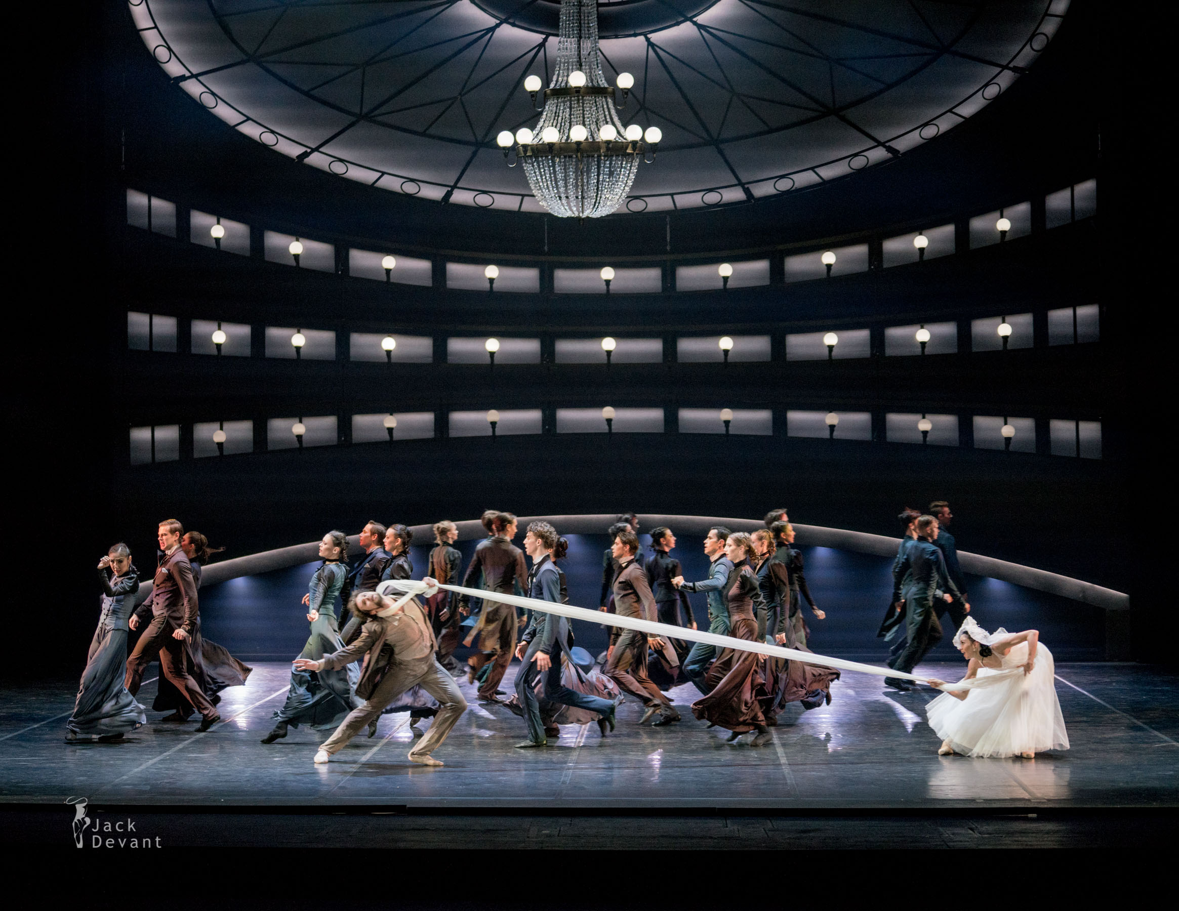 """Laupäeval etendub Boris Eifmani balletiteatri lavastus """"Tchaikovsky. Pro et Contra"""""""