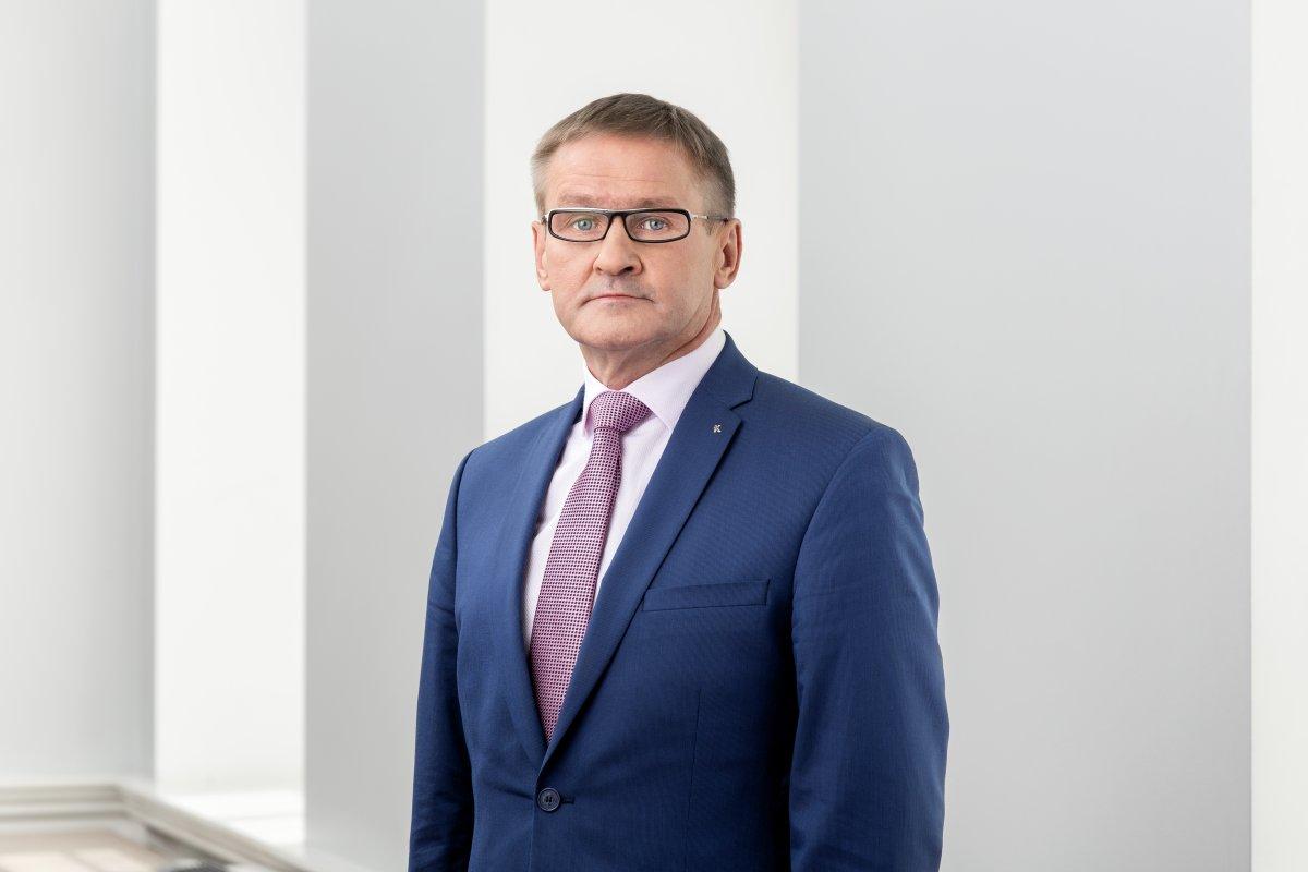 ERITEADE I Jaak Aab määrati eriolukorra tööde juhiks isikukaitsevahendite hankimisel väljaspool tervishoidu