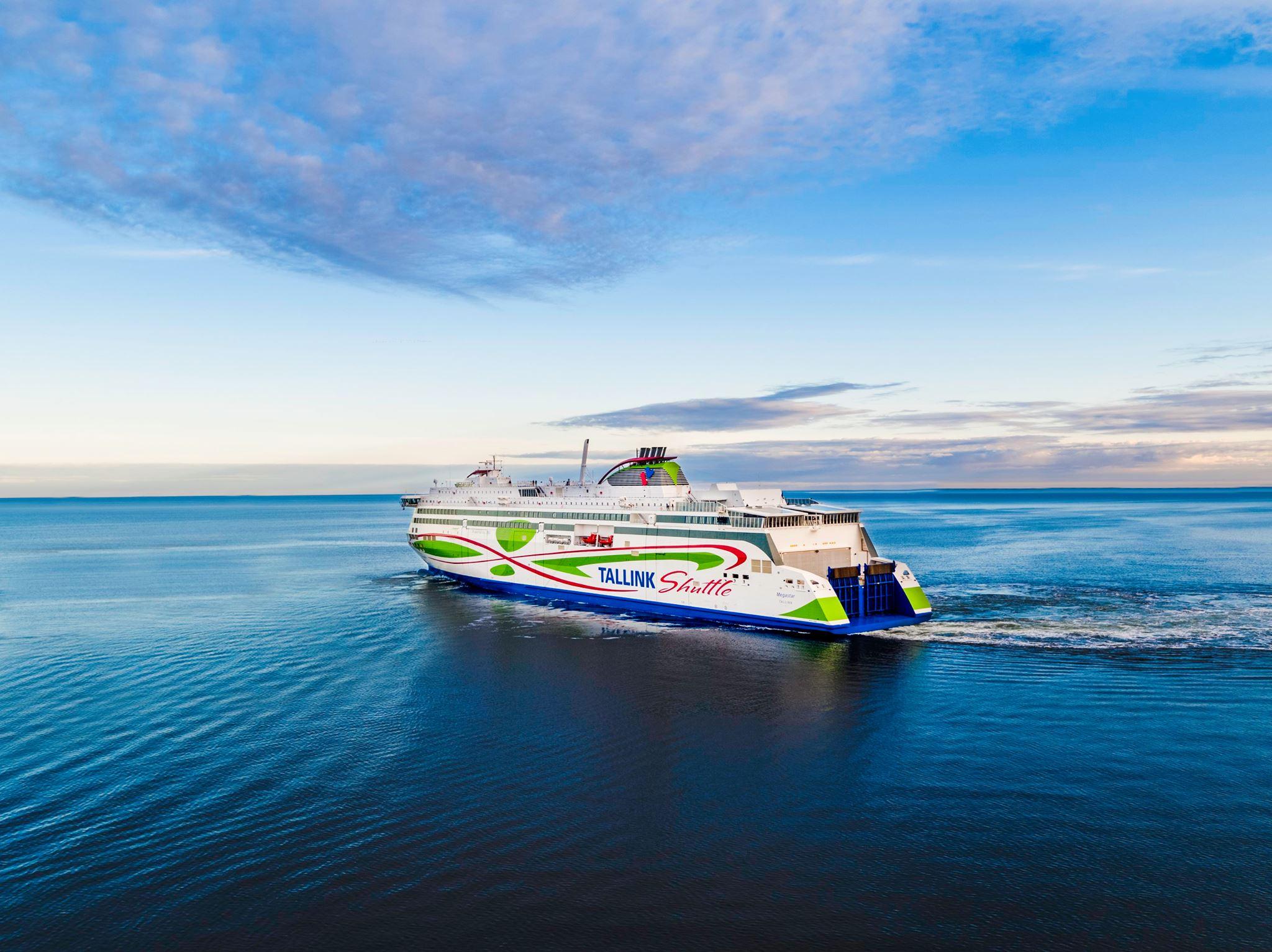 Tallink kingib Eesti riigi 100. sünnipäeval ilmale tulnud lastele ja nende peredele merereisi