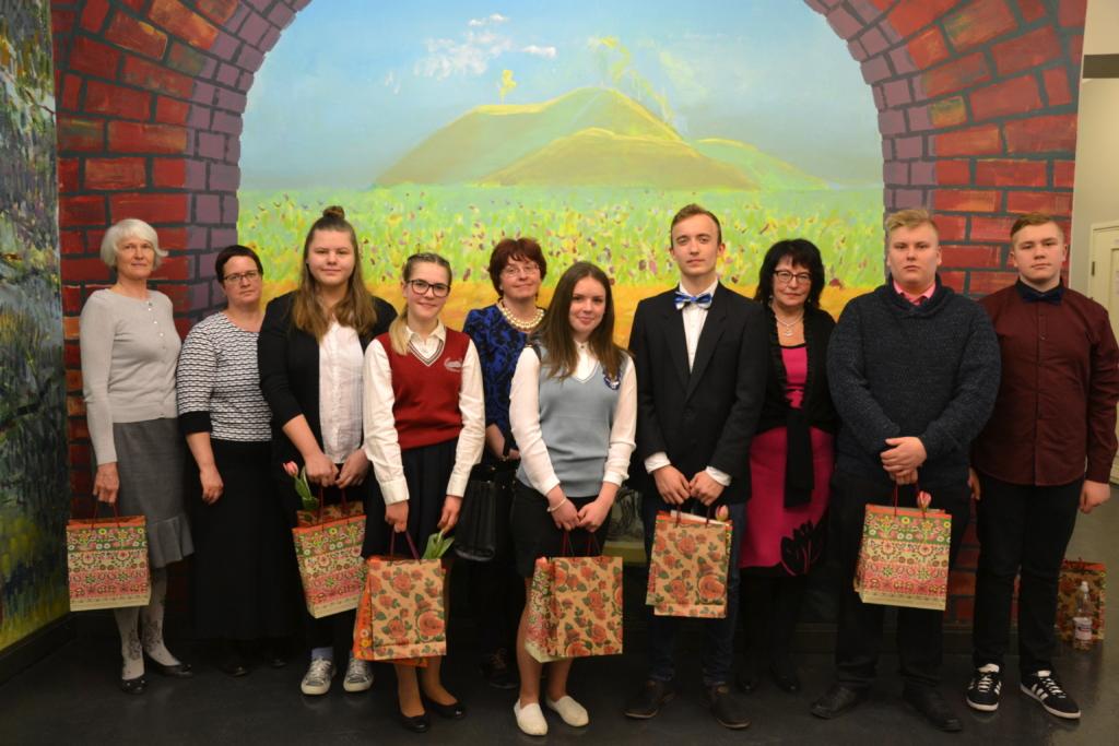 Jakobsoni kõnevõistluse parim oraator on Kristi Antonov Peipsi gümnaasiumist