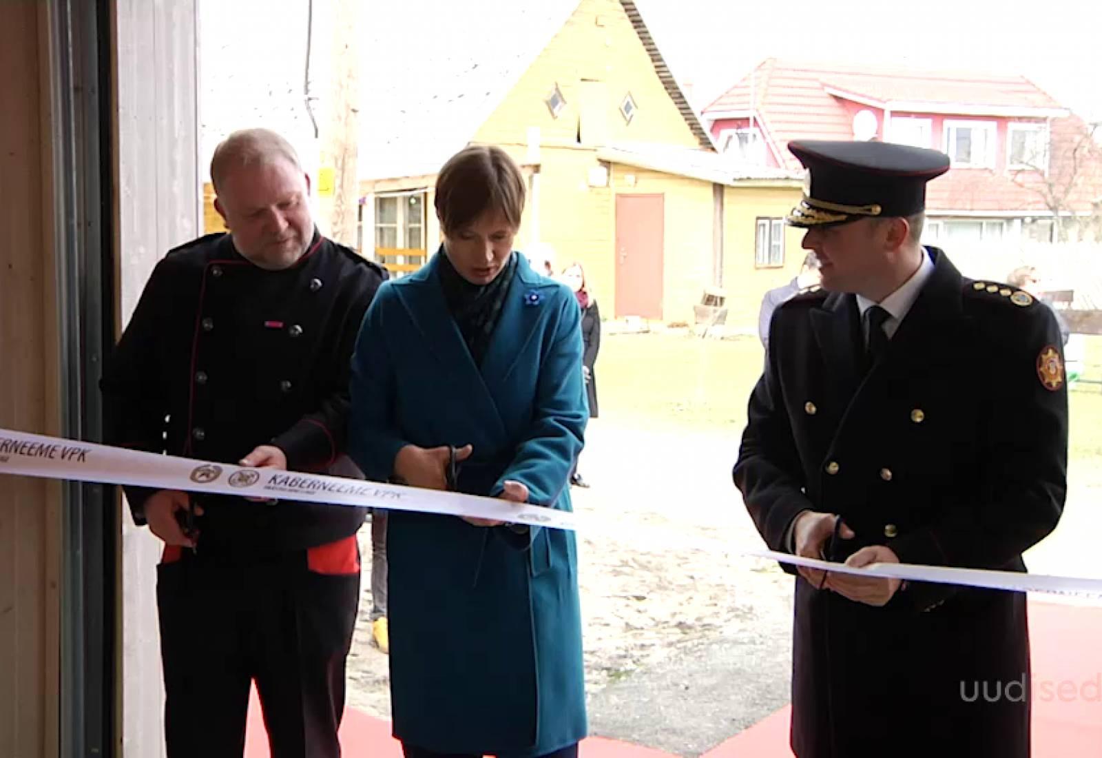 VIDEO! President Kaljulaid avas Kaberneeme vabatahtliku päästekomando uue depoo