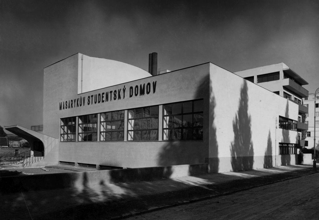 FOTOD! Tšehhi moodsa arhitektuuri suurkuju näitus peagi avatud