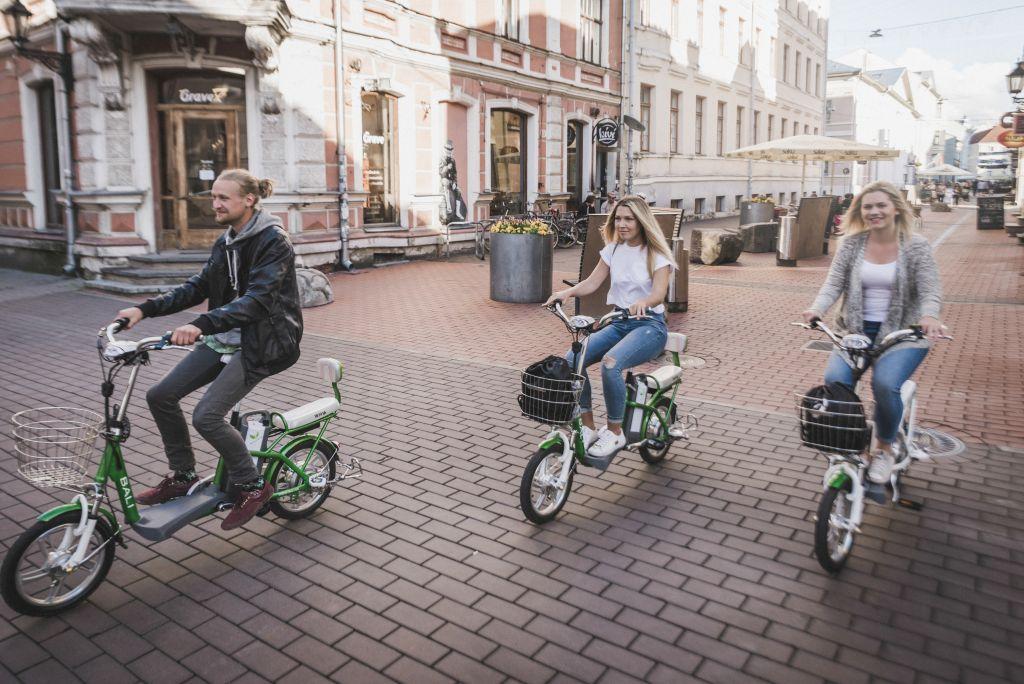 Tänasest on tartlastel taas võimalik laenutada elektrijalgrattaid