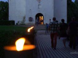 Kirik Eestis