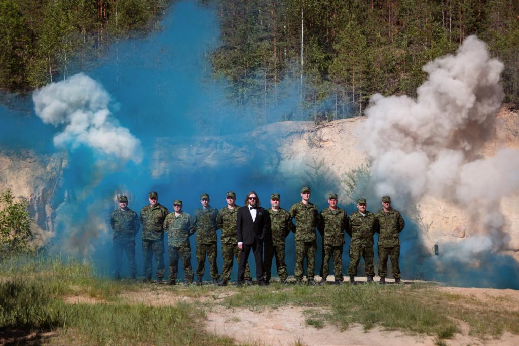 Põlvamaa kaitseliitlaste meeskoor laulis rokistiilis isamaalised laulud heliplaadile