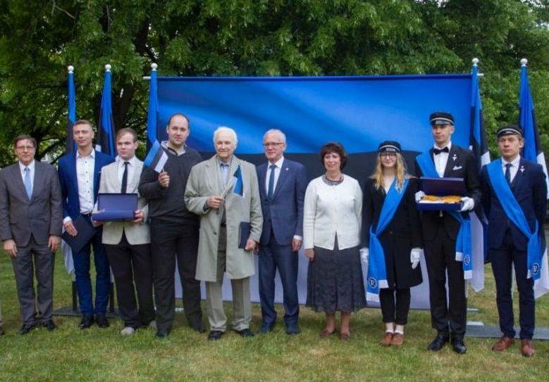 FOTOD! Eiki Nestor Eesti lipu auks: olgem uhked tema üle, nii nagu oleme uhked Eesti Vabariigi üle!