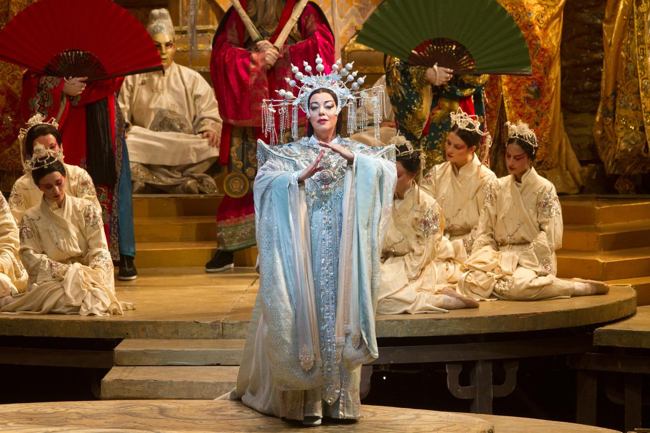 "Metropolitan Opera suvehooaja avab ""Madame Butterfly"""