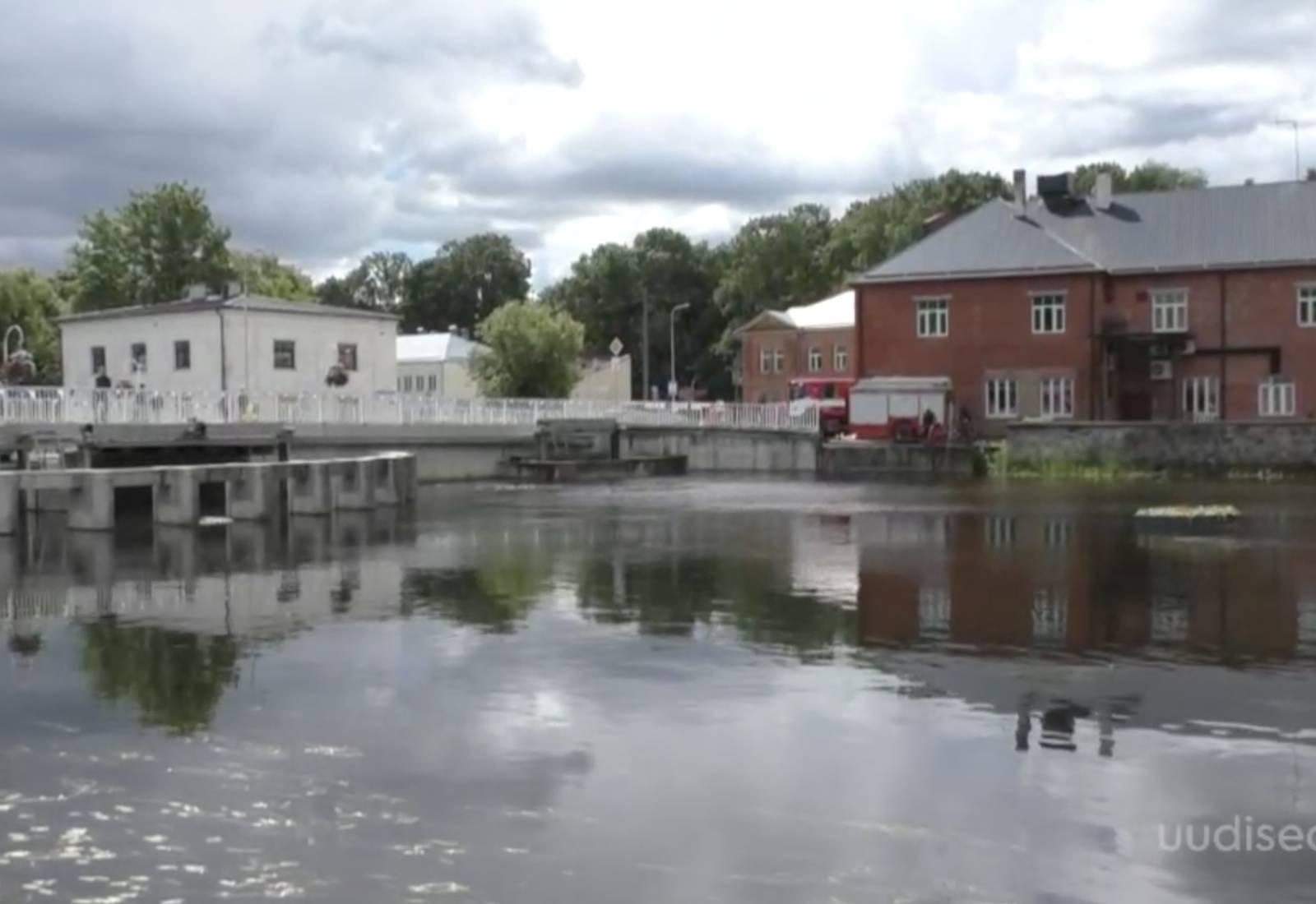 VIDEO! Kas teadsid? 92. sünnipäeva tähistanud Põltsamaa linnas on kolmkümmend vahvat silda