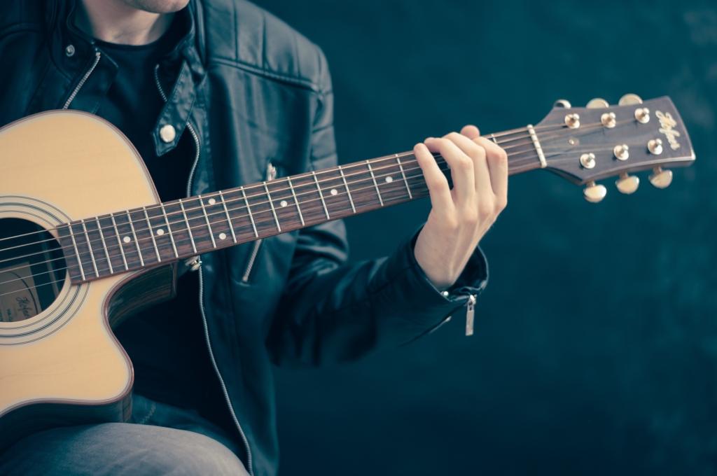 Karl Madis annab homme Tallinnas tasuta kontserdi