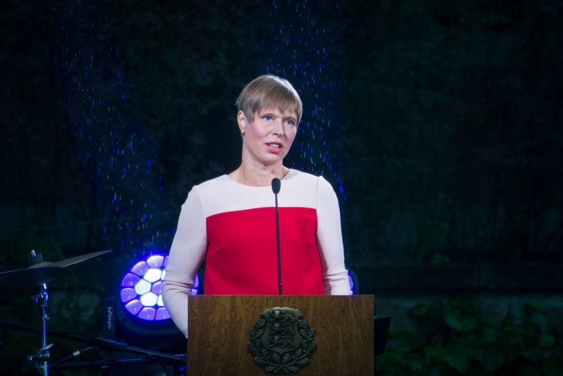 Vägevad vabatahtlikud! President annab Jõhvis üle tunnustused aasta vabatahtlikele