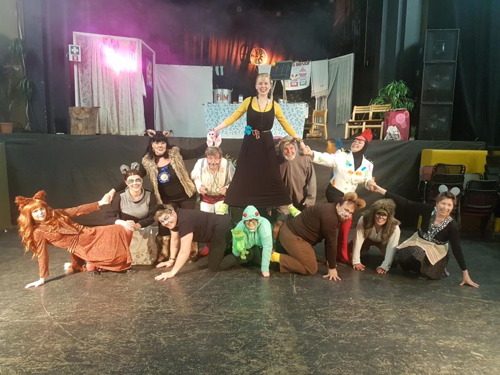 Von Glehni Teatri uus hooaeg: standupist Kaunimate Aastate Vennaskonnani
