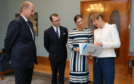President Kaljulaid kohtus Kadriorus Rootsi kroonprintsess Victoria ja prints Danieliga