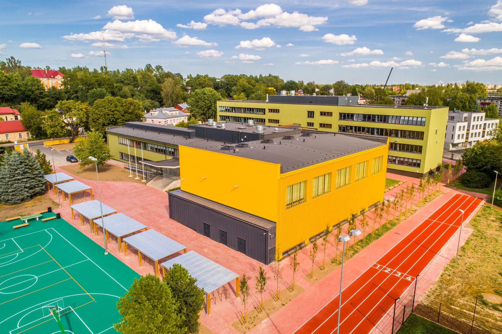 Tartu Raatuse kool alustab uut õppeaastat uuendatud hoones