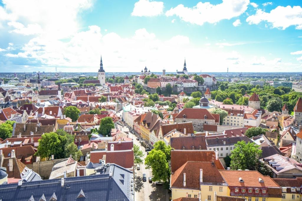 """AVATUD NÄITUS I Tammsaare pargis on avatud linnaaianduse näitus """"Söödav Tallinn"""""""