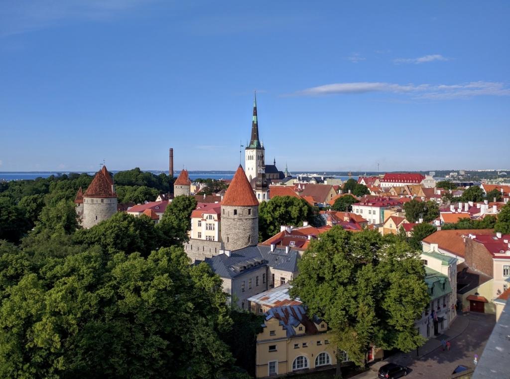 Tallinna linn üürib kortereid lähisuhtevägivalla ohvritele