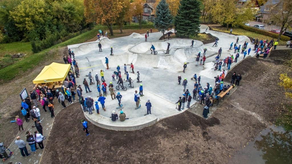 Tunnustus tegijatele! Parimad tervisespordirajatised on Püha Soobiku avastusterada Saaremaal ja Võru skatepark