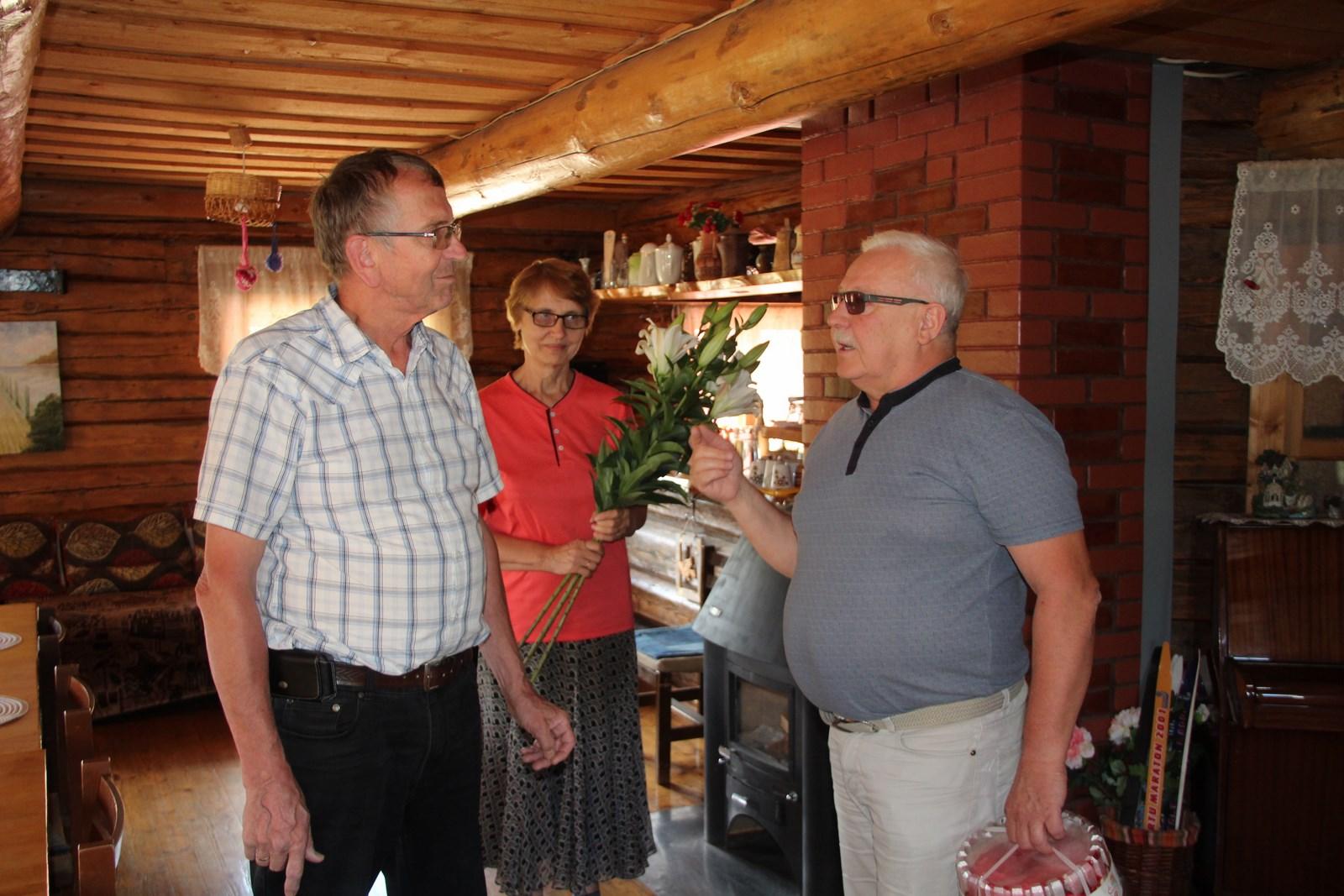 PALJU ÕNNE! Arula külavanem Voldemar Tasa tähistas 70. juubelit