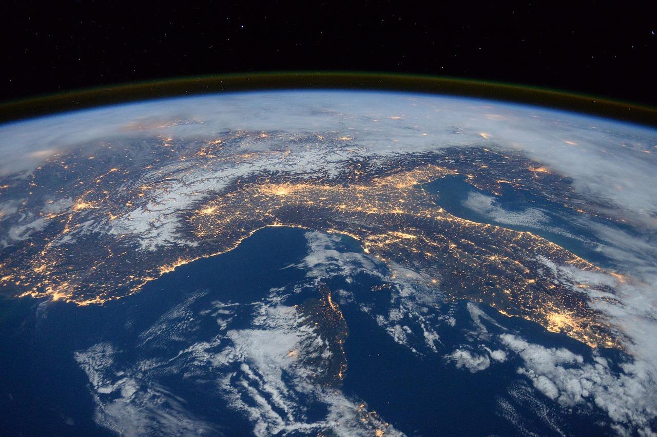 NASA uue kosmoselaevaga lendab orbiidile Eesti päritolu astronaut