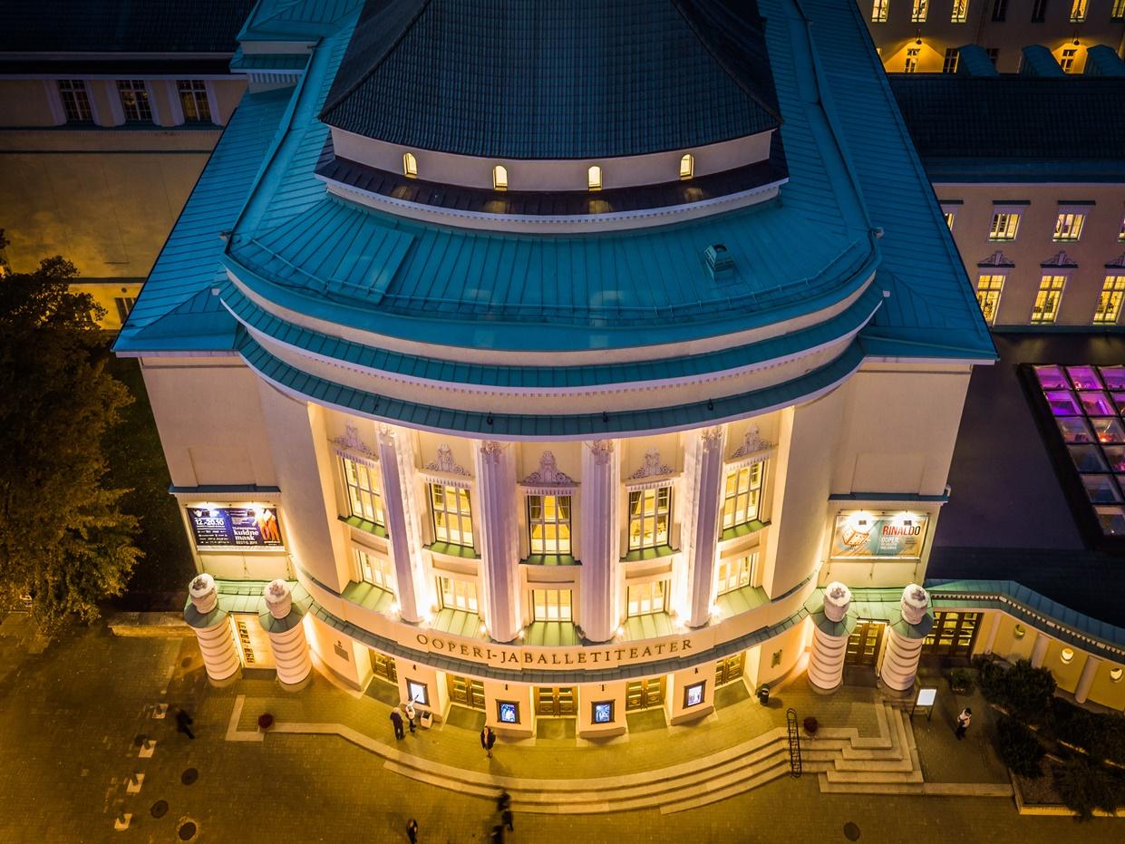 Täna tähistab Estonia teater 112. sünnipäeva