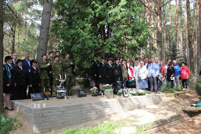 Vabaduse Risti pälvinud Anna-Marie Kukk sai hauatähise