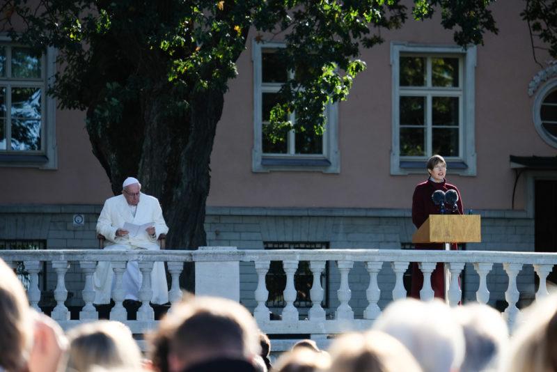 President Kersti Kaljulaid: enese peitmine maailma murede eest ei tee kedagi õnnelikumaks