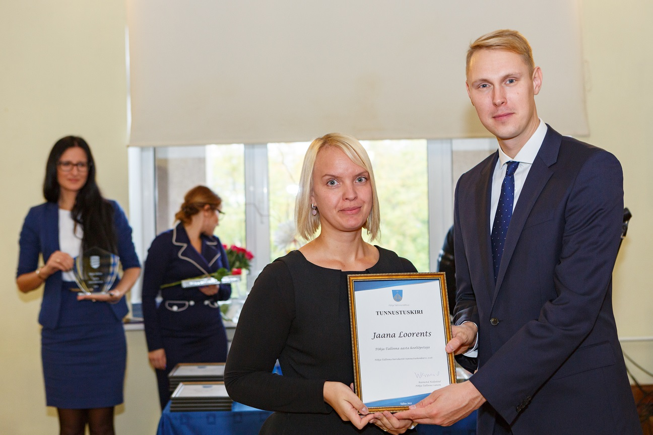 Põhja-Tallinna aasta kooliõpetaja tiitli sai Kalamaja Põhikooli klassiõpetaja Jaana Loorents