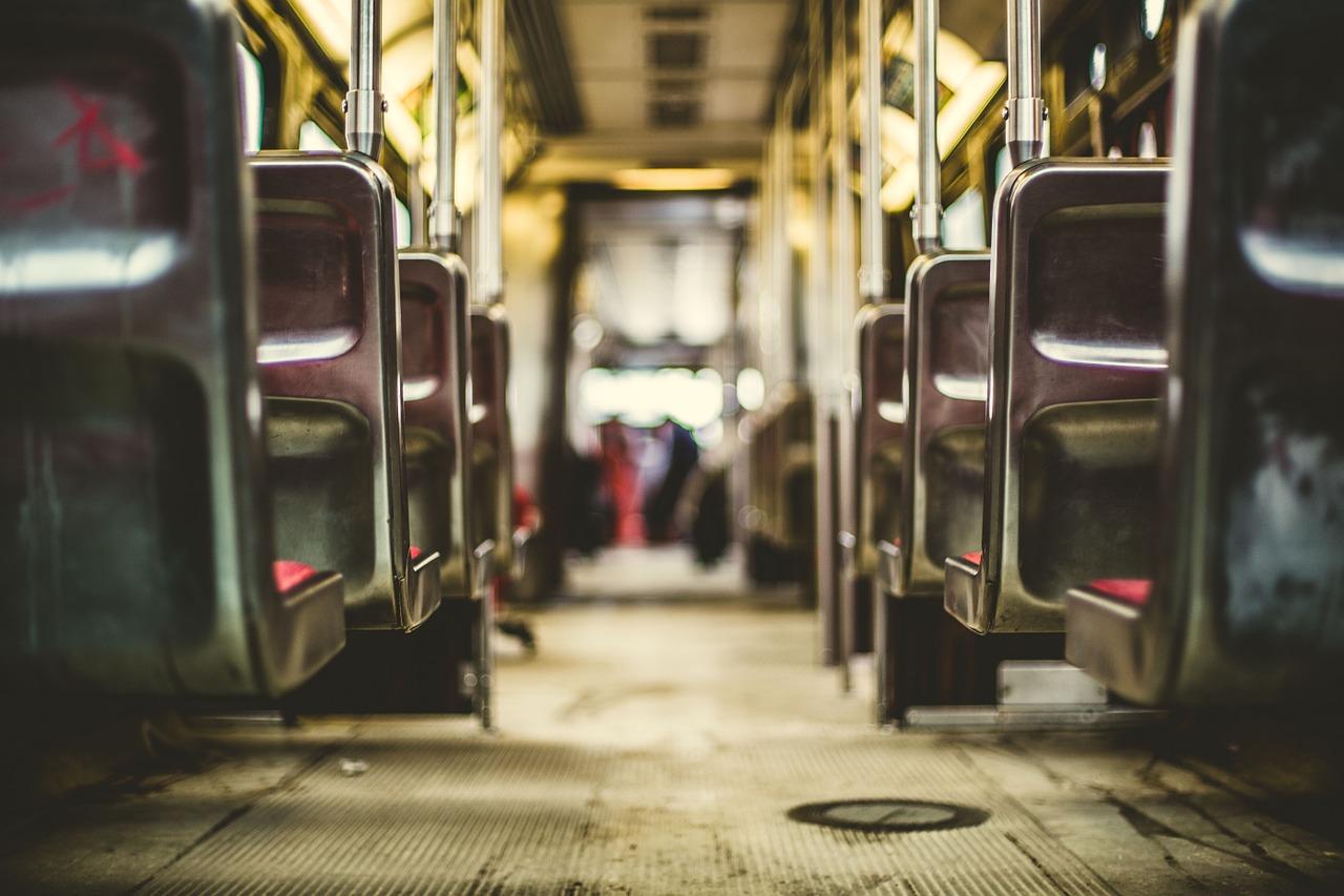 HEA OTSUS I Tallinna ühistranspordis on sõit tasuta ja piletikontrolli ei toimu