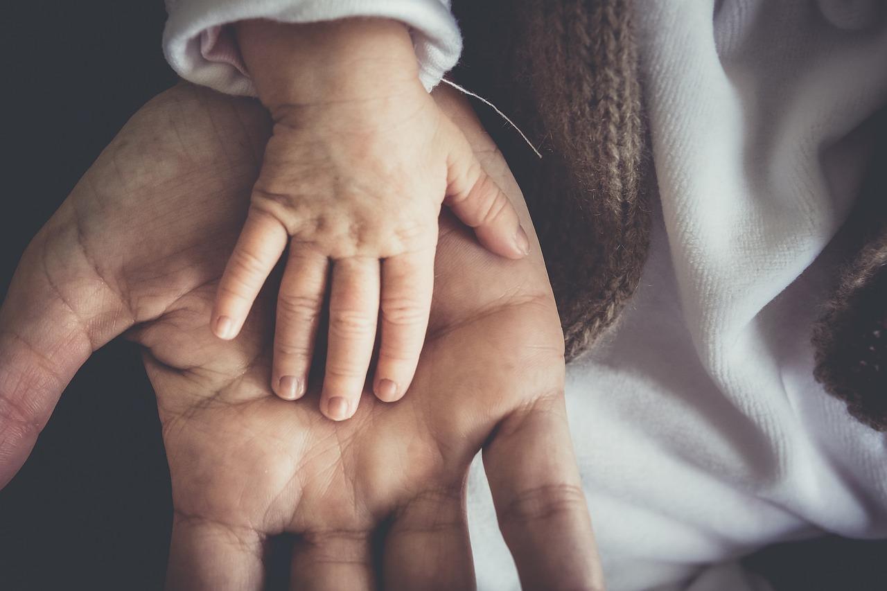 VAATA VIDEOT! Aasta isa Einart Kask: peres tegeleb põhikohaga laste kasvatamisega ema