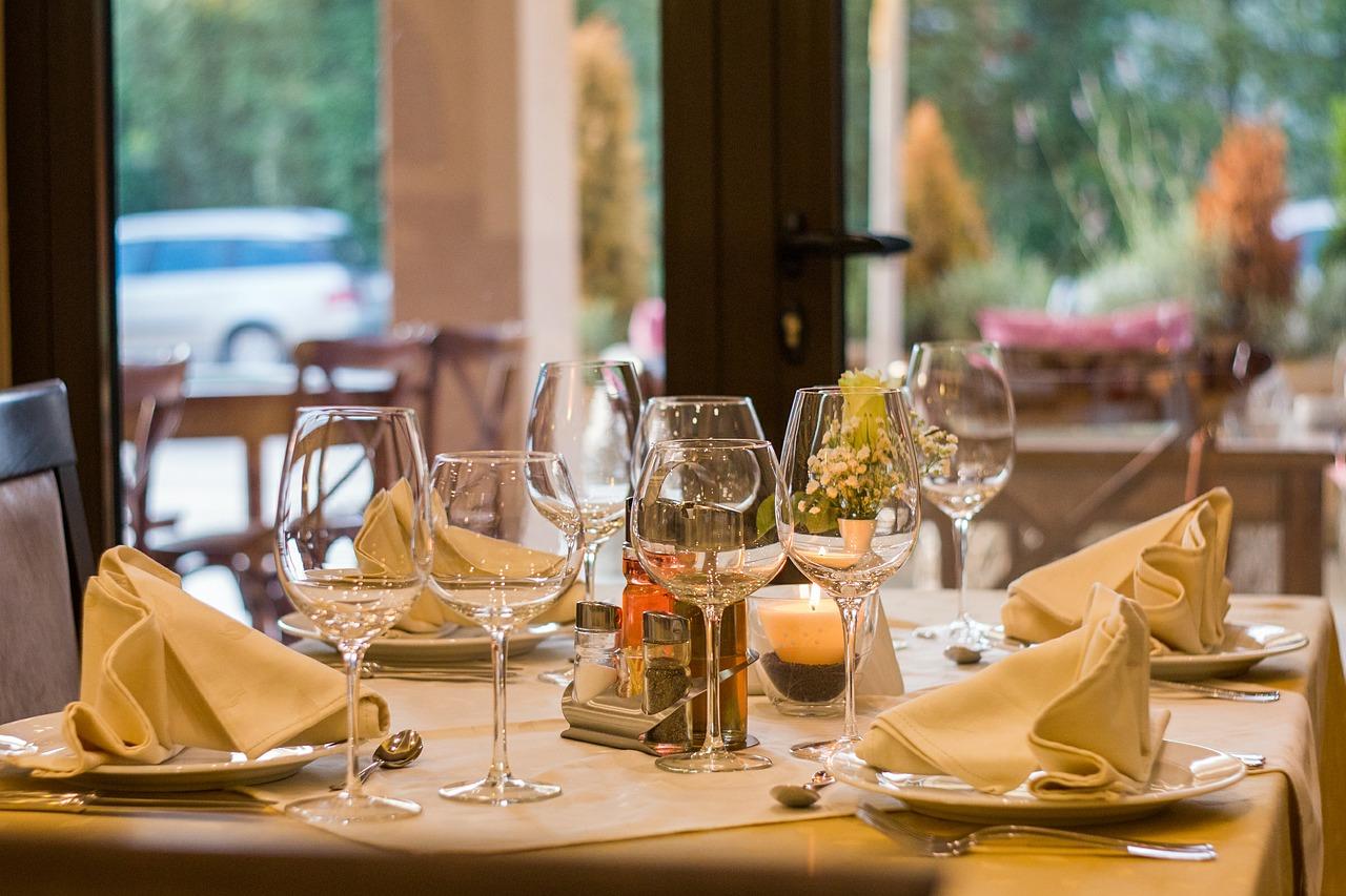 Eestis toimuvad rahvusvahelised restoraniteenindajate karikavõistlused