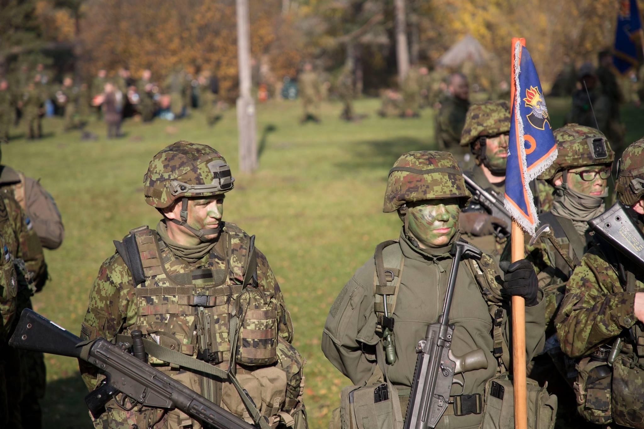 VAATA VIDEOT! Vabatahtlikke riigikaitsjaid koondav kaitseliit saab 100-aastaseks