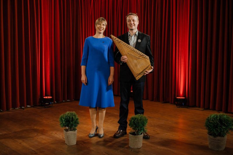 VIDEO! Vägev! President Kaljulaid kuulutas välja ajaloo esimese Vabariigi Pillimehe