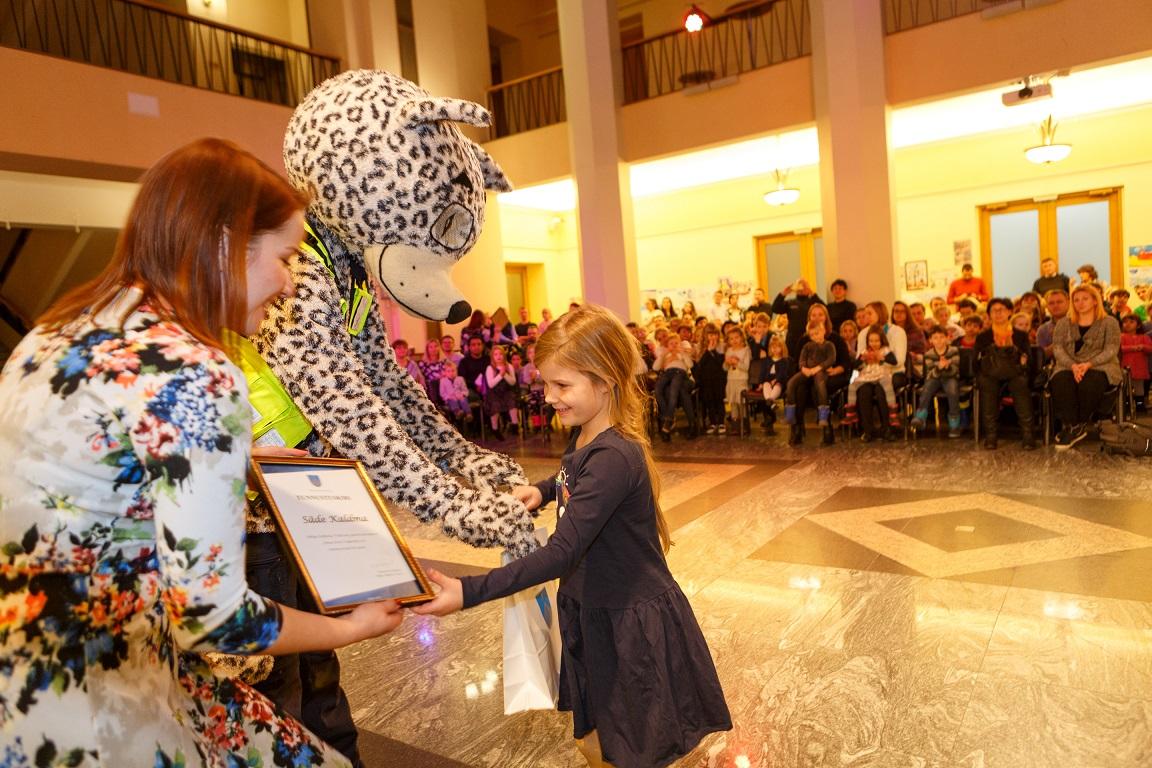 """FOTOD! Tallinnas avati laste joonistuste näitus """"Minu Eesti Vabariik 100"""""""