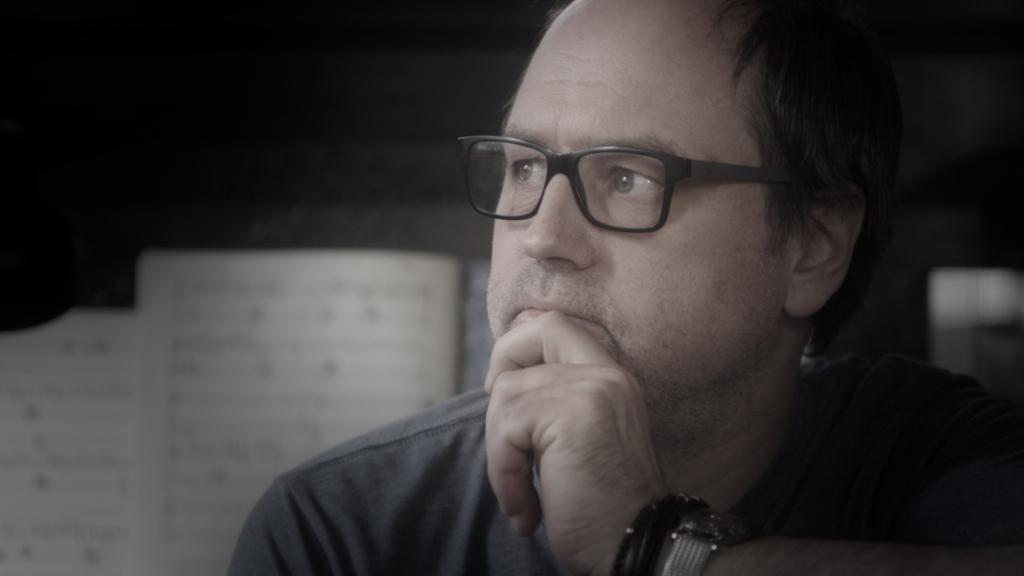 TREILER! Sõpruse kinos esilinastub dokumentaalfilm helilooja Tõnu Kõrvitsast