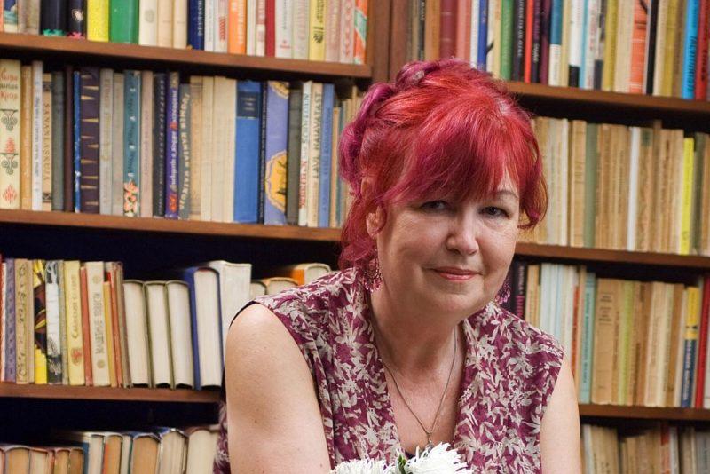 Teatrijuht Heidi Sarapuu pälvib Tallinna raemedali