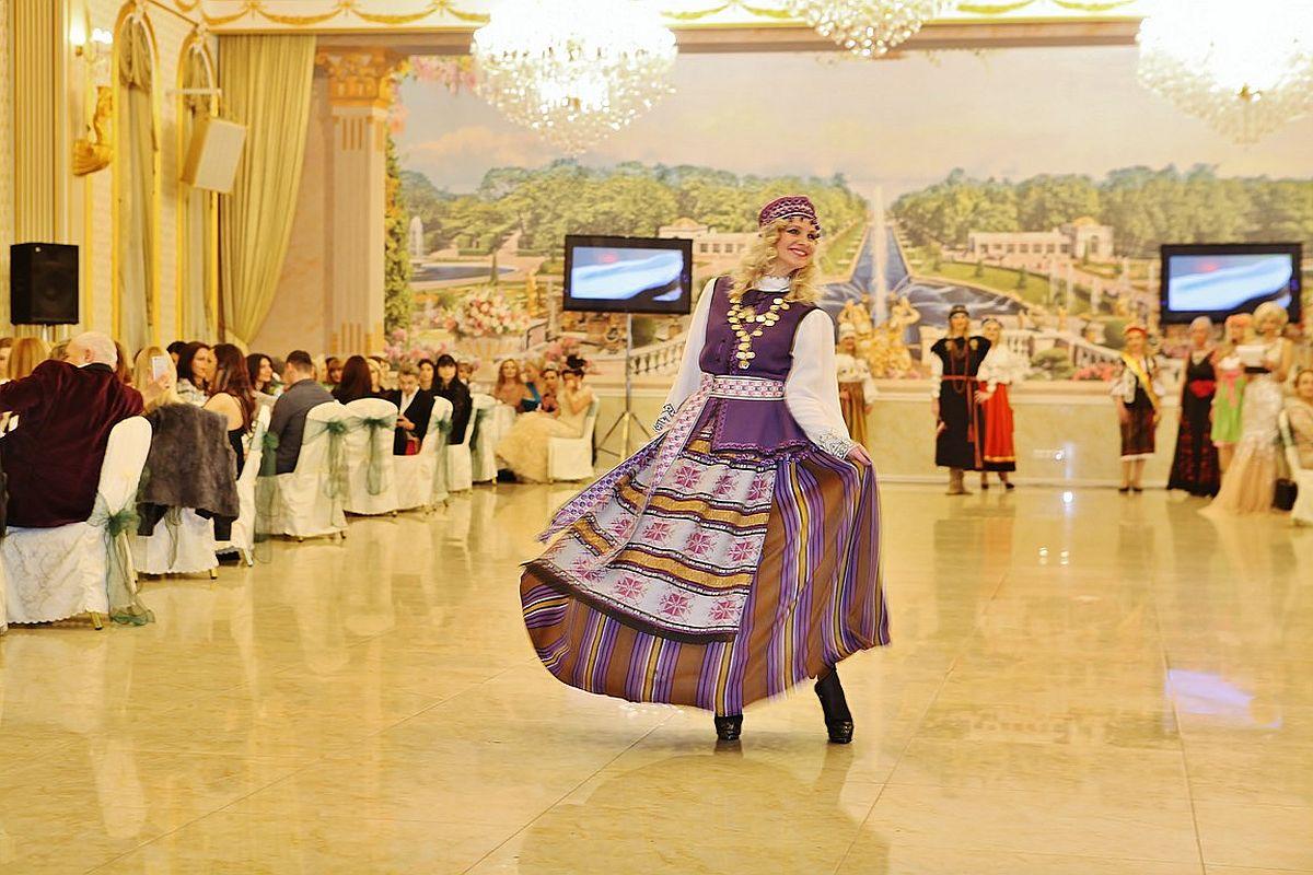 Eestlannad pälvisid rahvusvahelisel vanaemade iluduskonkursil tiitleid