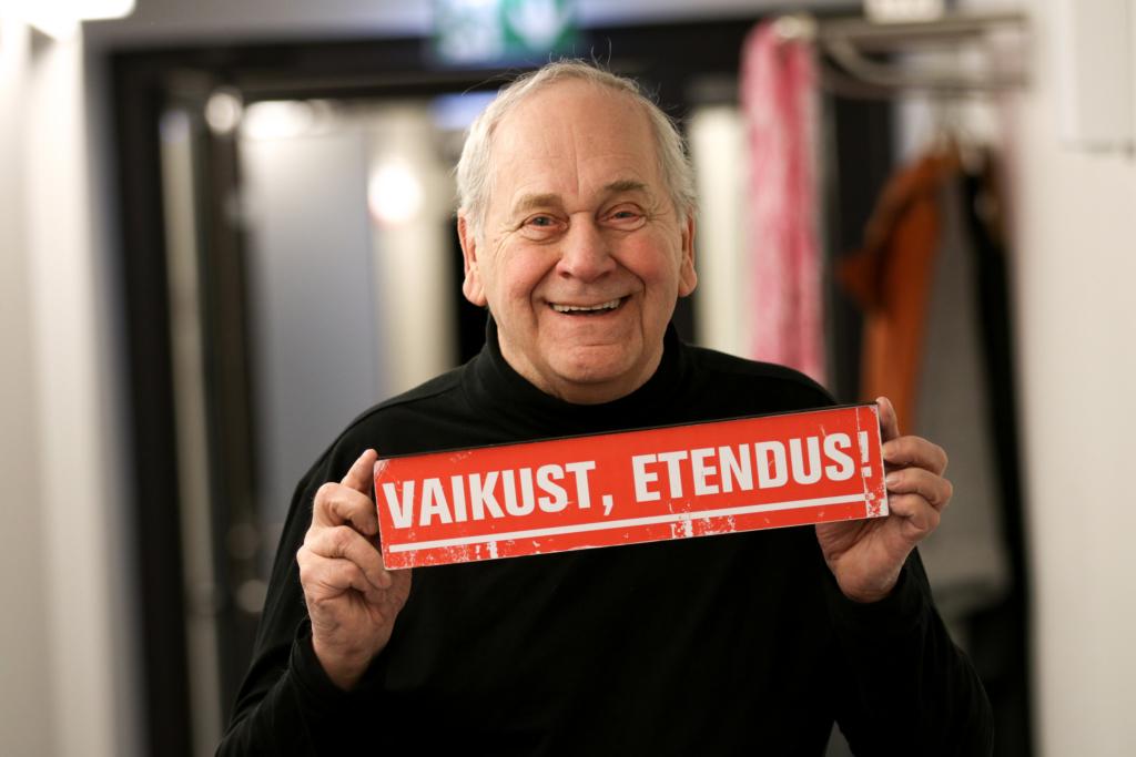 Viljandi tunnustab! Elutööpreemia pälvis Ugala teatri näitleja Peeter Jürgens