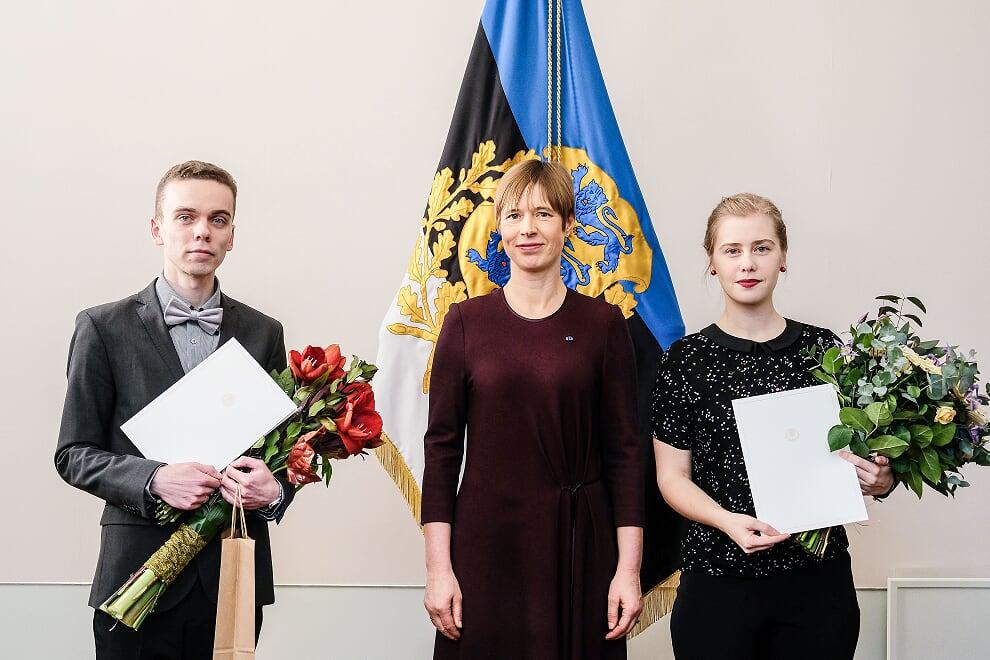 Presidendi kultuurirahastu preemiad pälvisid KiVa tegevjuht Triin Toomesaar ja matemaatikaõpetaja Alar Pukk